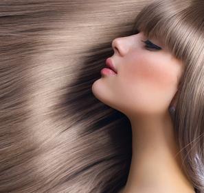 Kann man wirklich nach dem Mondkalender Haare schneiden?